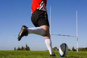 la-tecnica-per-calciare-il-pallone-da-rugby_920f0dd37fe3c66c5521f7e1f6286287